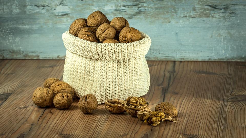 walnut-1213036_960_720